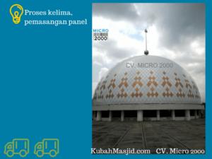 panel enamel menyelimuti semua dinding kubah masjid