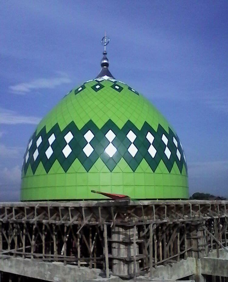 Proyek pembangunan Kubah Masjid Ir. Zainal Abidin , BIE Komplek PU Ajuen, Dusun Tengku Malem