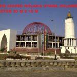 rangka kubah Masjid Agung Kolaka Utara, Sulawesi, mempunyai diameter 30M x 15M